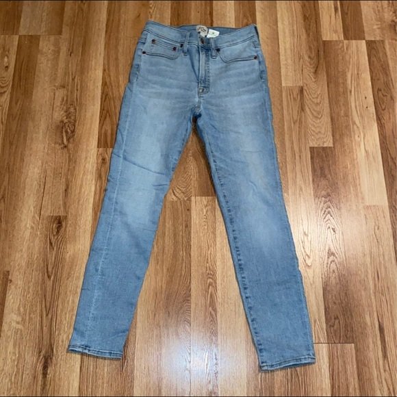 """Jcrew 9"""" high-rise Toothpick jeans (size 27)"""